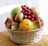 Fruit & Chocolate Basket Floyd, VA Florist, Floyd Florists, Florists in Floyd VA, Floyd Florists - Floyd VA Flowers Delivery,
